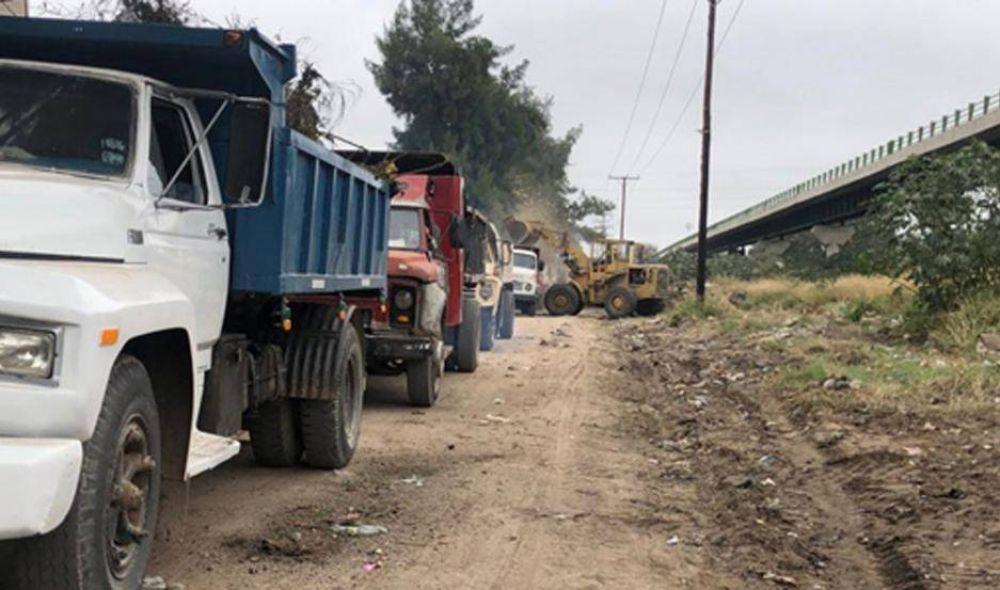 Personal de la comuna erradicó un gran foco infeccioso en el acceso al barrio Cuarto Centenario