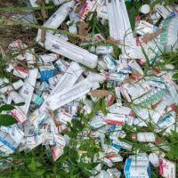 Sesver asegura miles de medicamentos hallados en lote baldío de Xalapa