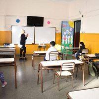 La vuelta a la presencialidad genera dudas entre los gremios docentes de la Provincia
