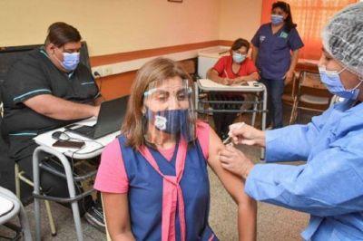 La UEPC advierte que aún resta vacunar a un 25% de los docentes cordobeses