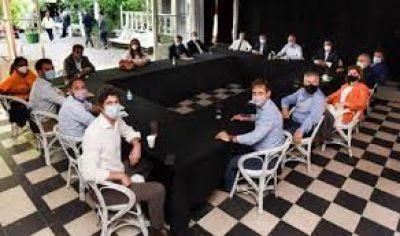 Las vacunas se metieron en la interna de JxC: cruces por el uso político de la campaña