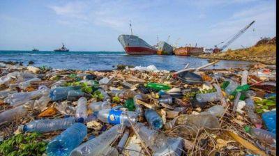 Alerta mundial: los desechos plásticos en los mares pueden triplicarse en 2040