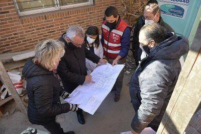 El intendente Julio Zamora supervisó la puesta en valor del centro de salud de Benavídez