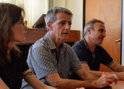 """Por motivos """"estrictamente"""" personales, renunció el jefe distrital de educación Mario Barrios"""