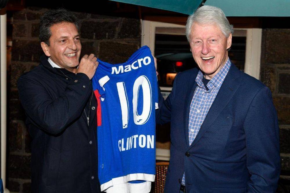 Pastas, vino y casi cuatro horas de charla: la cena de Massa con Clinton en Nueva York