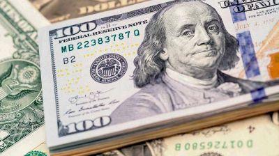 El dólar blue volvió a subir y está a las puertas de su valor más alto en el año