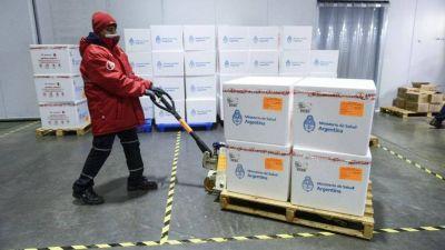 Llegan más de un millón de vacunas contra el coronavirus en distintos vuelos