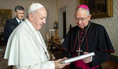 """Qué es la """"coherencia eucarística"""" de la que hablan los obispos de Estados Unidos y su relación con Biden"""