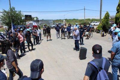La FOEIPCyQ denuncia la muerte de un operario en papelera de Berazategui
