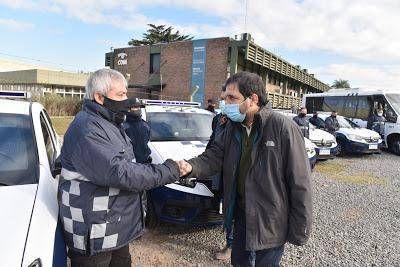 Fernando Moreira presentó 10 nuevos patrulleros de Protección Ciudadana