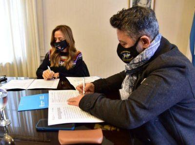 Firma de convenios para fortalecer las políticas sociales del distrito