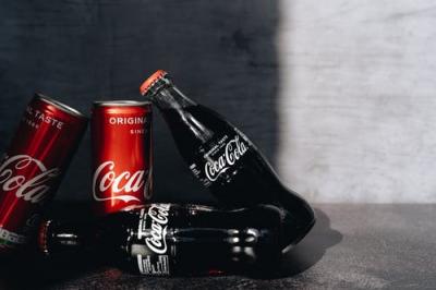 Israel sí, Palestina no: política de Coca-Cola en la personalización de las botellas crea polémica
