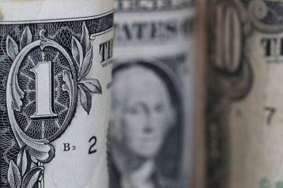 El dólar libre se encamina en junio a anotar su mayor suba mensual del año: qué factores lo empujan al alza