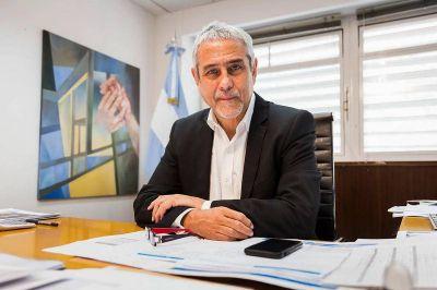 """Jorge Ferraresi """"El proyecto que tenemos es construir 75 mil viviendas por año"""""""