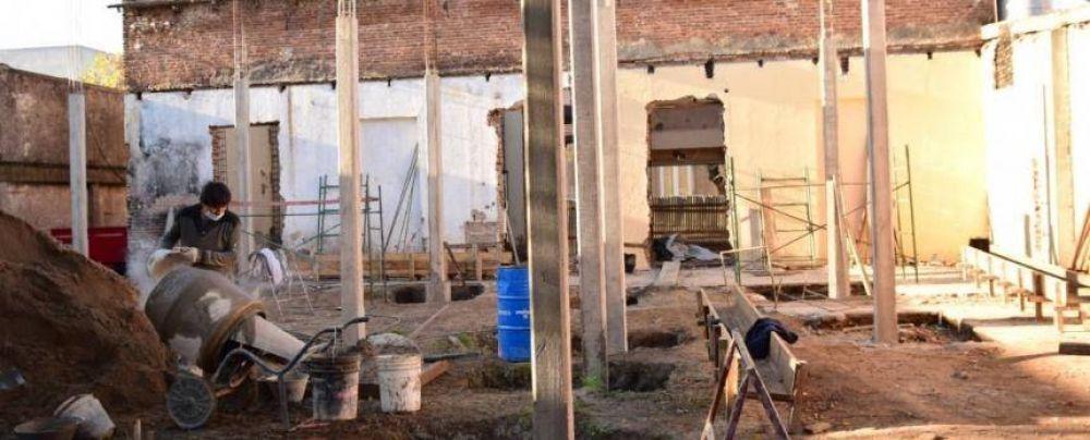 Construyen el edificio para la Universidad de Lobería
