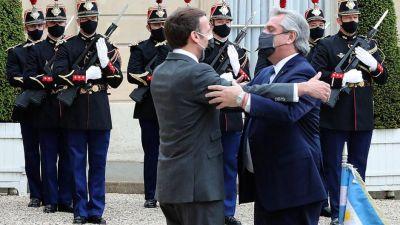 Alberto suspendió su visita a Francia por las restricciones para viajar