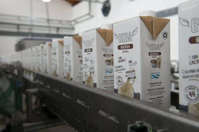 El Intendente participó del lanzamiento del primer alimento bebible a base de quinoa en el mercado argentino