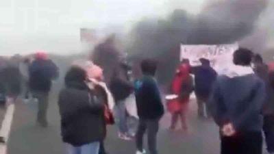 Lomas de Zamora: Feriantes cortan Camino Negro