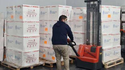Llegan a Córdoba 100.800 dosis de AstraZeneca enviadas por la Nación