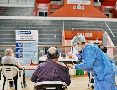 Covid: a partir de este jueves vacunarán a los mayores de 60 años sin turno