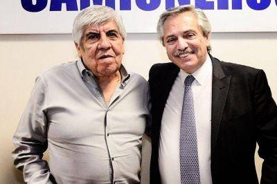 Moyano se enfrentó a dos ministros de Alberto Fernández por los bloqueos
