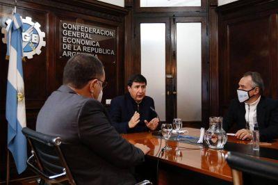 Arroyo acuerda trabajo conjunto con empresarios en el programa Potenciar Trabajo