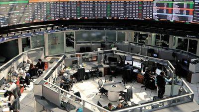 BMV retrocede tras informe de empleo en EU; FEMSA y Cemex encabezan bajas