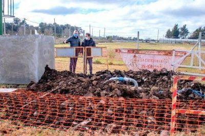 El Intendente avanza con las gestiones para que el barrio Jardín de Los Pioneros tenga agua corriente
