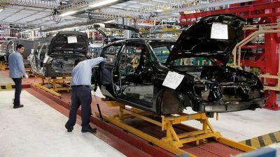 La producción nacional de vehículos subió un 14,5% respecto a mayo y un 155% interanual