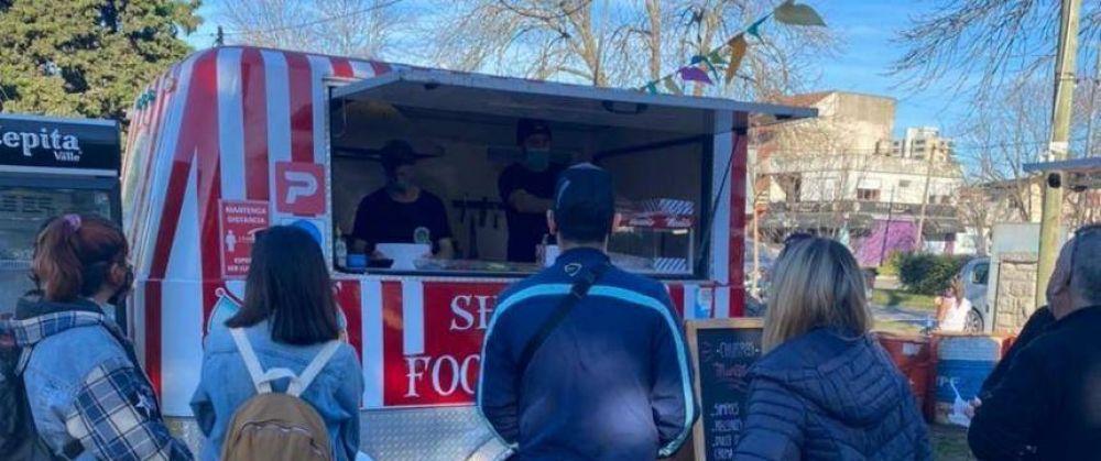 Lauria presentó un proyecto para potenciar los Food Trucks