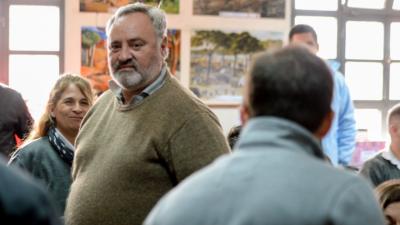 Monzó y De La Torre negocian con Manes pero tantean un plan de evacuación con Santilli