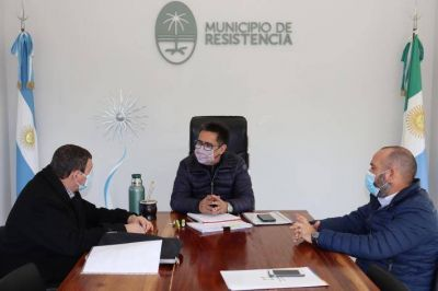 Martínez analiza la propuesta de reutilización, reciclado y disposición final de neumáticos en desuso en Resistencia
