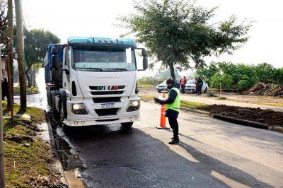 """Nardini da una solución histórica y se cierra el ingreso de camiones al campo """"La Juanita"""""""