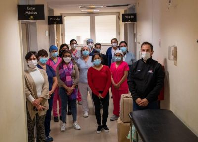 Abella reconoció y agradeció el trabajo de las enfermeras que asisten pacientes críticos con Covid