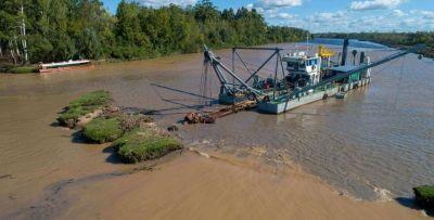 Comenzaron los trabajos de saneamiento del río Luján