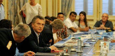 Espionaje al ARA San Juan: indagaron a Arribas y familiares piden que se impute a Macri