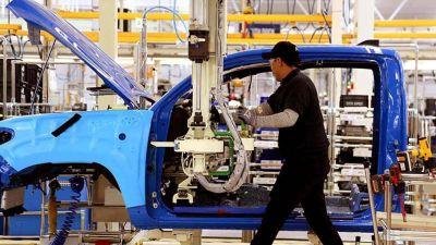 La producción de autos tuvo su mejor semestre en tres años