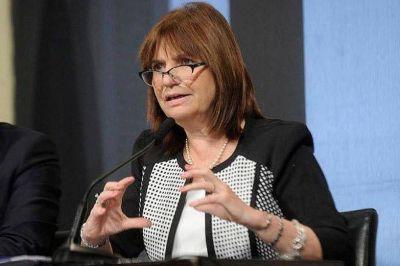 """Patricia Bullrich reconoce el envío pero acusa """"por imprudencia"""" al presidente"""