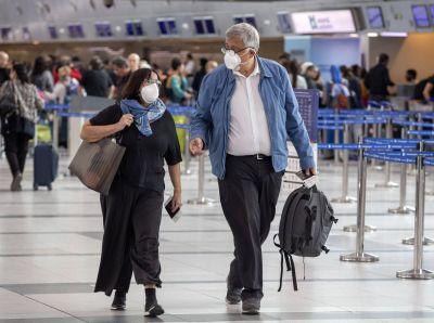 Viajeros que llegan, desobediencia y la variante Delta que crece: el Gobierno ¿se replantea? el límite de cupos