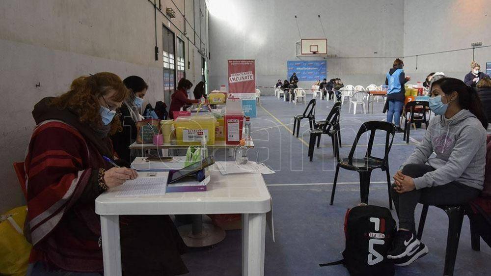 Se acelera la vacunación, con postas itinerantes y operativos en zonas de difícil acceso