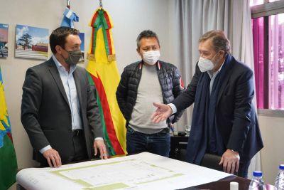 "Andrés Watson confirmó la instalación de la empresa textil ""Elemento"" en el PITEC"