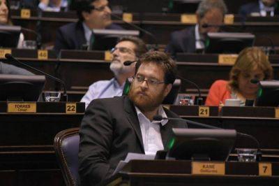 Guillermo Kane encabeza las listas a diputados provinciales del Frente de Izquierda Unidad en la Tercera Sección