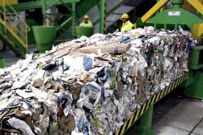 En La Plata, reclamos salariales en el CEAMSE podrían afectar la recolección de residuos