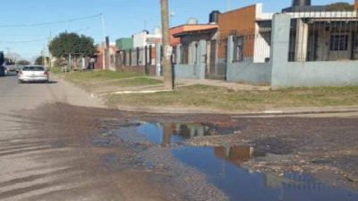 """El Martillo: """"el 50% del barrio no tiene cloacas"""""""