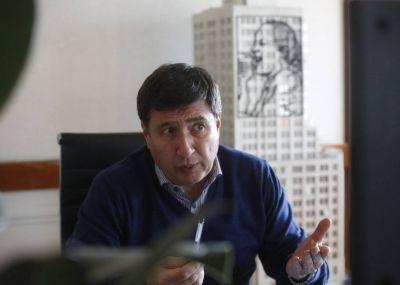 """Daniel Arroyo: """"Argentina tiene que ir a un ingreso universal de base"""""""