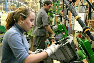 """OIT: """"Entre 2019 y 2020, en todo el mundo el empleo de las mujeres se redujo un 4,2 %, lo que representa una caída de 54 millones de puestos de trabajo"""""""