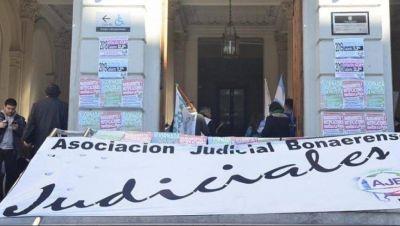 Judiciales bonaerenses dicen que la Corte provincial