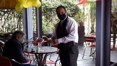 Día del Amigo: amplían el horario de cierre de bares y restaurantes