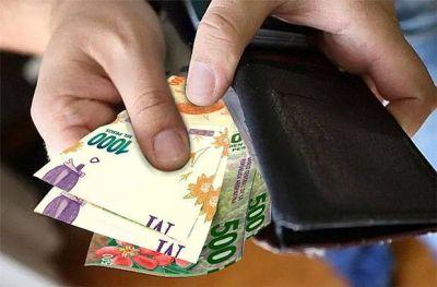 La plata no alcanza por la inflación y los gremios piden revisión de paritarias