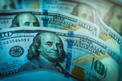 Por qué sube el dólar blue y qué espera el mercado